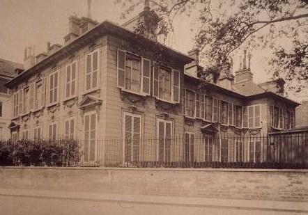 Hôtel Thiroux de Montsauge, hôtel de Massa, siège de la Société des gens de lettres, photographie d'Eugène Atget (1906)